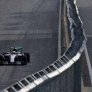 Hamilton está teniendo un inicio de Campeonato complicado - LaF1