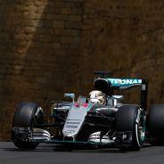 Hamilton sólo pudo ser 5º en Bakú - LaF1