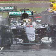 Hamilton se lleva la victoria en el Gran Premio de casa - LaF1