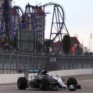 Lewis Hamilton espera poder tener el primer fin de semana limpio en Rusia - LaF1