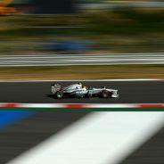 Lewis Hamilton lidera los segundos entrenamientos libres en Corea - LaF1