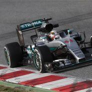 A pesar de que el W07 es muy rápido, Hamilton aún no se siente cómodo - LaF1