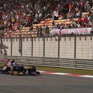 Romain Grosjean en el Gran Premio de China de 2013 - LaF1