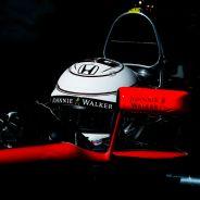 Kevin Magnussen en los test de Montmeló - LaF1