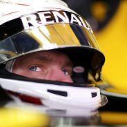 Kevin Magnussen en los test de Barcelona - LaF1