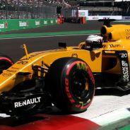 Magnussen, durante la calificación en México - LaF1