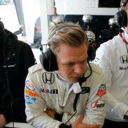 Magnussen no descarta ser piloto reserva de otro equipo - LaF1