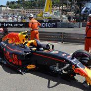Verstappen destrozó el coche en tres ocasiones - LaF1