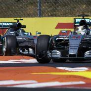 Nico Rosberg y Lewis Hamilton en Hungría - LaF1