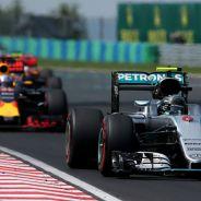 Mercedes y Red Bull luchando en Hungría - LaF1