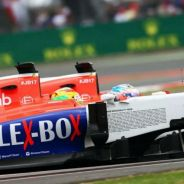 Roberto Merhi y Will Stevens rodando en paralelo en Silverstone - LaF1