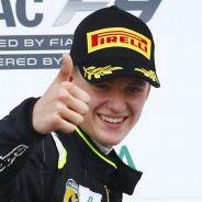 Ferrari y Mercedes ponen en su punto de mira a Mick Schumacher - LaF1