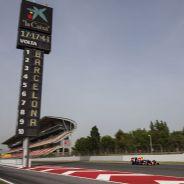 Pierre Gasly durante los test postcarrera del GP de España 2015 - LaF1