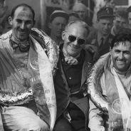 Stirling Moss (izquierda) y Jack Brabham (derecha), en 1958 - LaF1