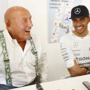 Stirling Moss y Lewis Hamilton durante su encuentro en Monza - LaF1