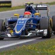 Felipe Nasr con el Sauber en Austria - LaF1