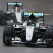 Rosberg era mucho más lento que Hamilton bajo la lluvia - LaF1