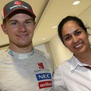 Nico Hülkenberg en econ Monisha Kaltenborn de Sauber - LaF1