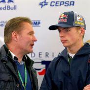 Jos Verstappen junto a su hijo Max - LaF1