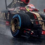 Pastor Maldonado con las Cinturato en Japón - LaF1