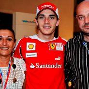 Jules Bianchi con sus padres - LaF1