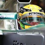 Lewis Hamilton al volante de su W04