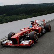 Fernando Alonso durante la clasificación de Spa-Francorchamps