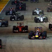 Paul Hembery quiere asegurarse de que aumenten los adelantamientos en pista - LaF1