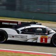 El Porsche #1 durante la calificación en Shanghai - LaF1