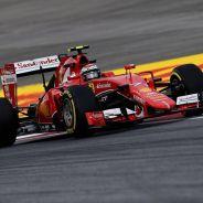 Kimi está a favor de que los espectadores escuchen lo que habla el piloto con su equipo - LaF1