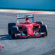 Este es el Ferrari híbrido de 2015 a mandos de Kimi Räikkönen - LaF1