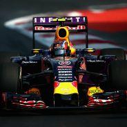 Mario Illien niega que haya colaborado con la mejora de Renault - LaF1
