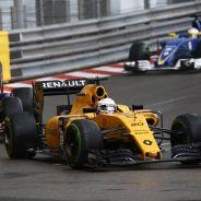 Magnussen y Palmer abandonan en Mónaco - LaF1