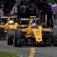 Los pilotos de Renault satisfacen las expectativas de Vasseur - LaF1