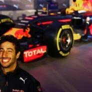 Daniel Ricciardo siempre tiene una sonrisa para la prensa - LaF1