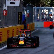 Daniel Ricciardo en Bakú - laF1