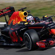 Daniel Ricciardo en los test de Montmelo - LaF1