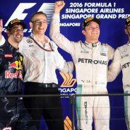 Ricciardo apuesta por Rosberg - LaF1