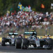 Rosberg es ahora el hombre fuerte en Mercedes, ¿se ha relajado Hamilton con su título? - LaF1