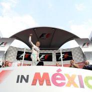 Rosberg logró ganar desde la primera posición, algo que solo había hecho una vez este año - LaF1