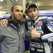 Lewis Hamilton y Valentino Rossi - LaF1