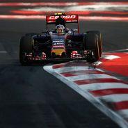Franz Tost espera que Carlos Sainz pueda desplegar todo su potencial en 2016 - LaF1