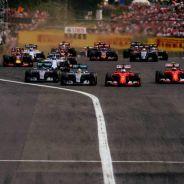 Vettel y Räikkönen se merendaron a los Mercedes en la salida del GP de Hungría - LaF1