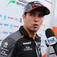 Sergio Pérez hablando con la prensa - LaF1