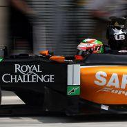 Mercedes y McLaren flojean, hoy en Ferrari son los que más sonríen