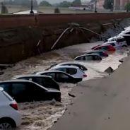 Un socavón se traga una docena de coches en Florencia