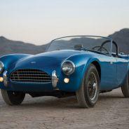 Este Shelby Cobra fue repintado para seguir usándose como unidad de pruebas - SoyMotor