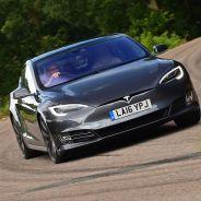 Los planes de negocio de Tesla Motors hacen aguas en dos frentes muy concretos - SoyMotor
