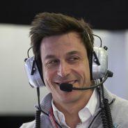 Wolff defiende el nuevo formato pese a las críticas - LaF1