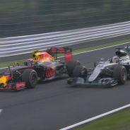 Verstappen volvió a cambiar su trayectoria en frenada - LaF1